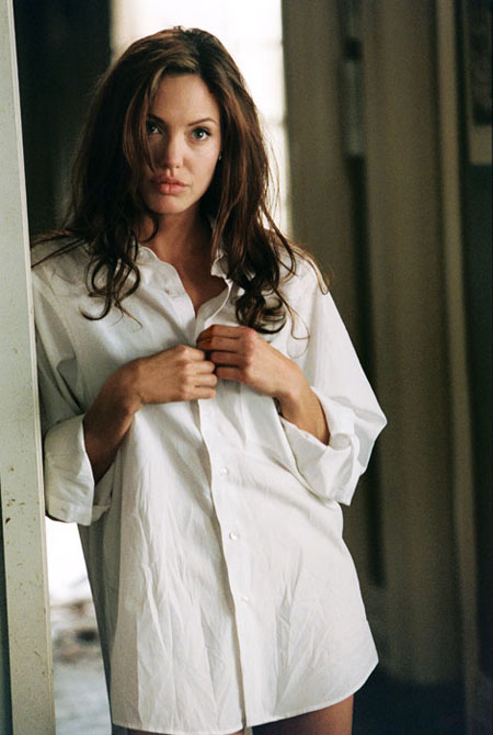 "Angelina Jolie in ""Mr. & Mrs. Smith"""